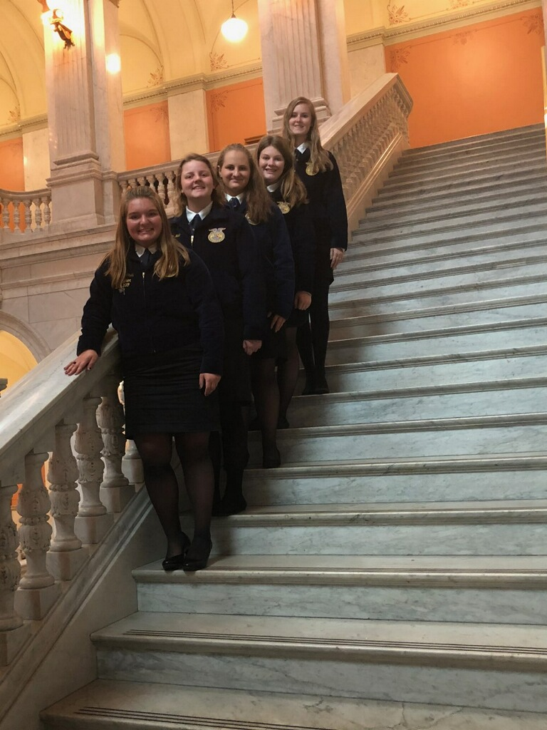 FFA Officers attend the Ohio Legislative Leadership Conference